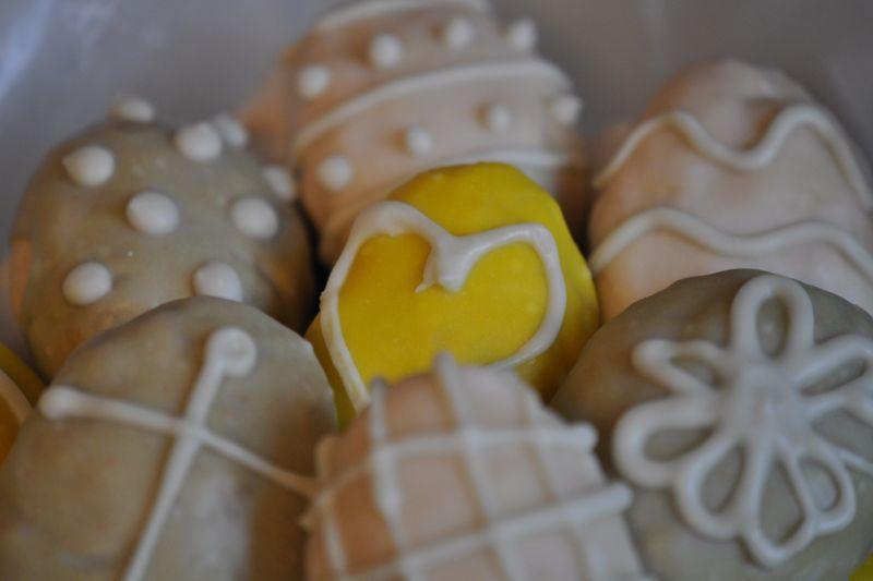 Easter eggs cookies iced 2