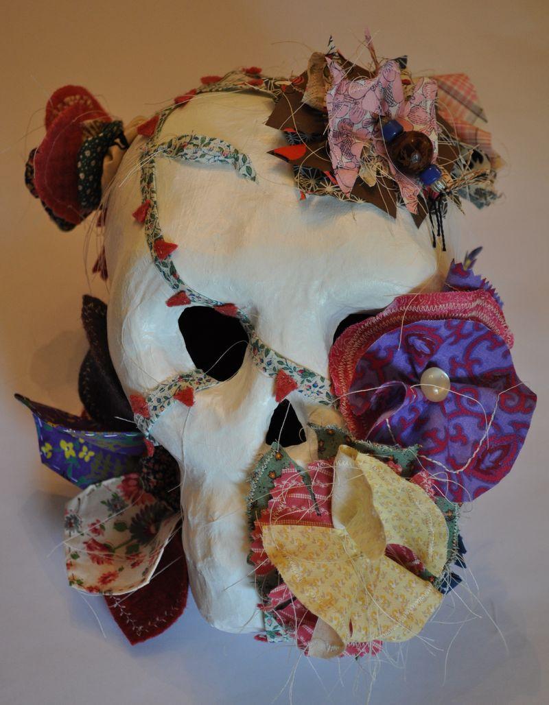 Skull flower whl