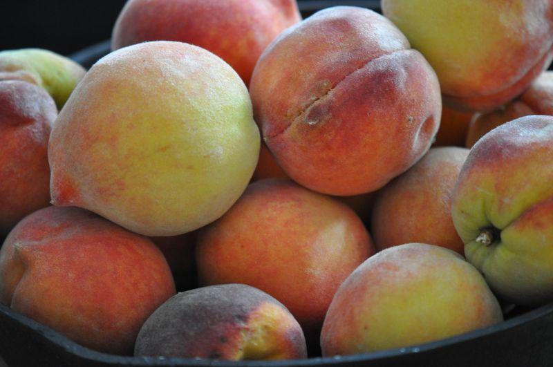 Peaches 006
